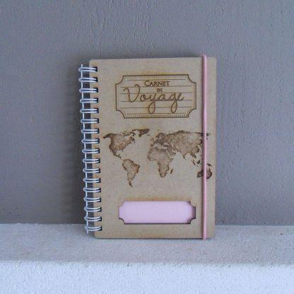 Grand carnet de voyage gravé